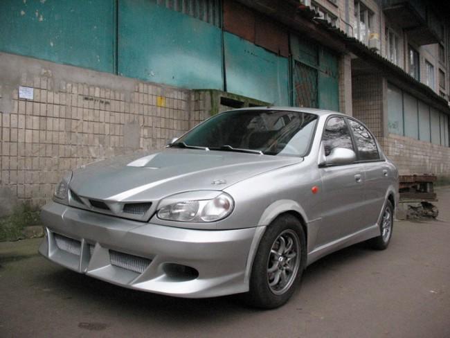 Автомобиль Daewoo Sens