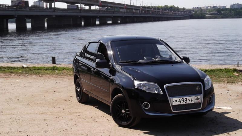 Автомобиль Лада Гранта черный