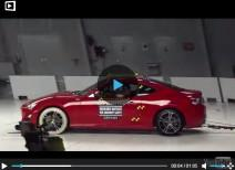 Краш-тест Scion FR-S small overlap (IIHS)