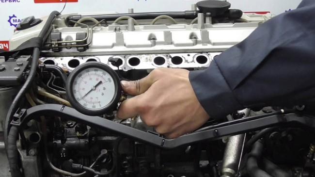 Измерение компрессии в цилиндрах