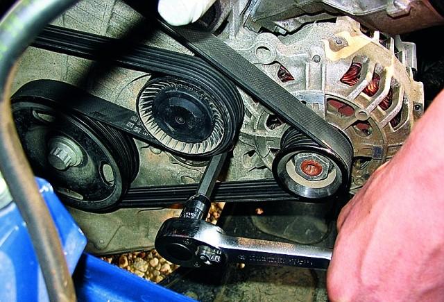 Устройство ремня генератора автомобиля