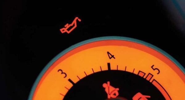 Загорание индикатора давления масла
