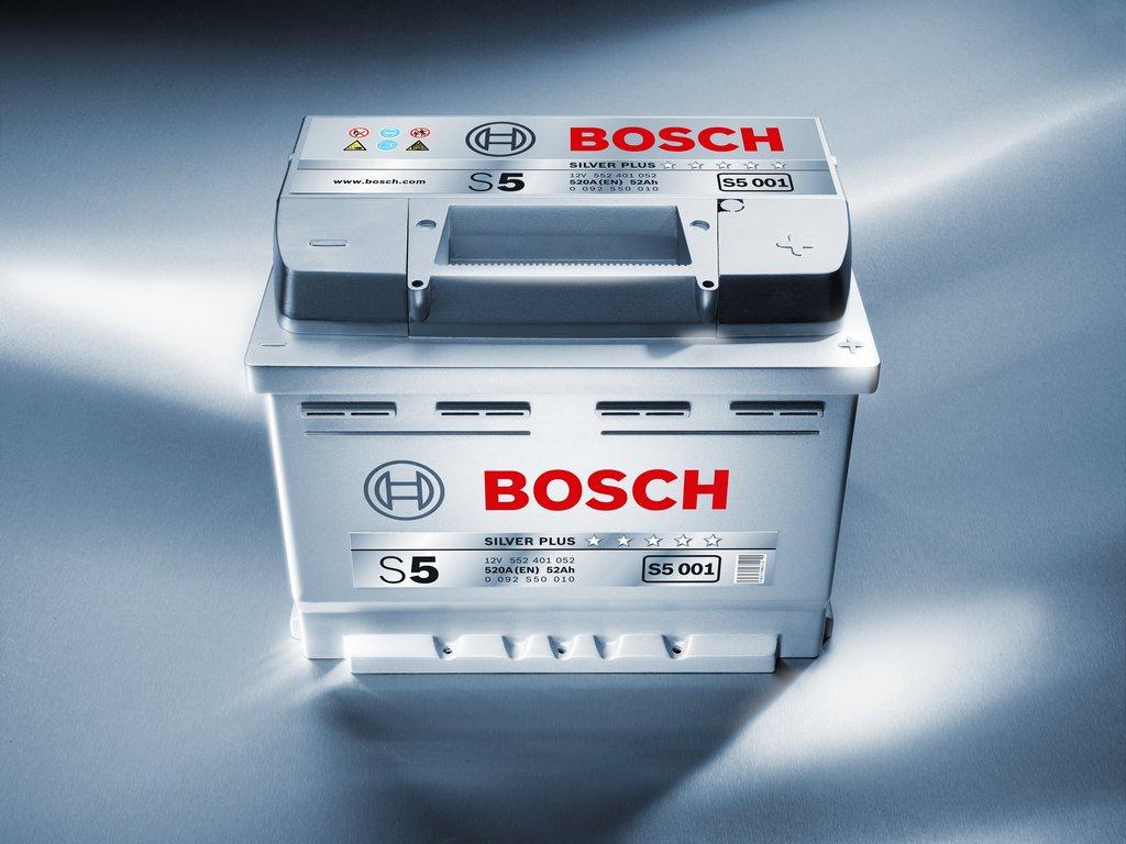 Аккумулятор автомобильный фирмы Bosch