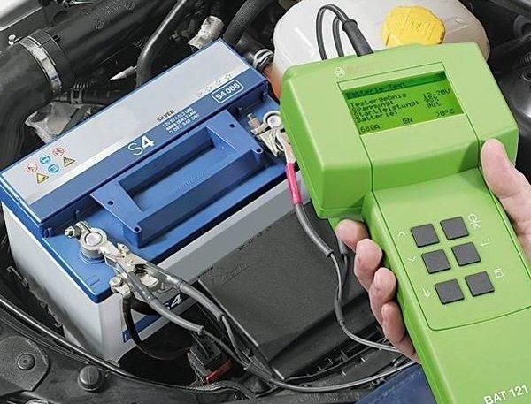 Проверка аккумулятора с помощью батареи