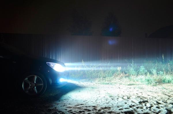 Свет лампы авто