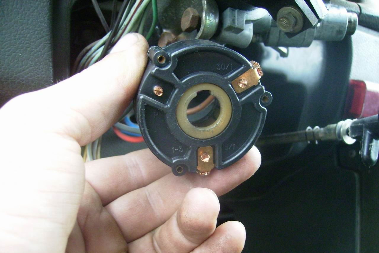 Демонтаж контактной группы на ВАЗ 2106