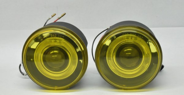 Желтые противотуманные фонари