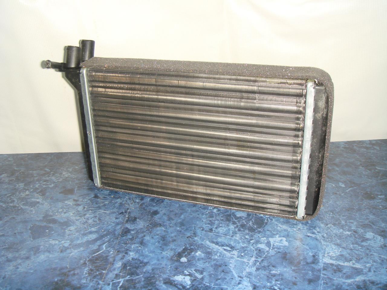 Радиатор системы отопления печки