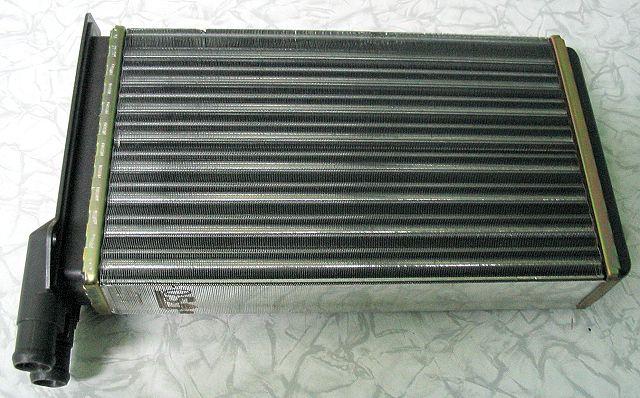 Радиаторное устройство для отопительной системы