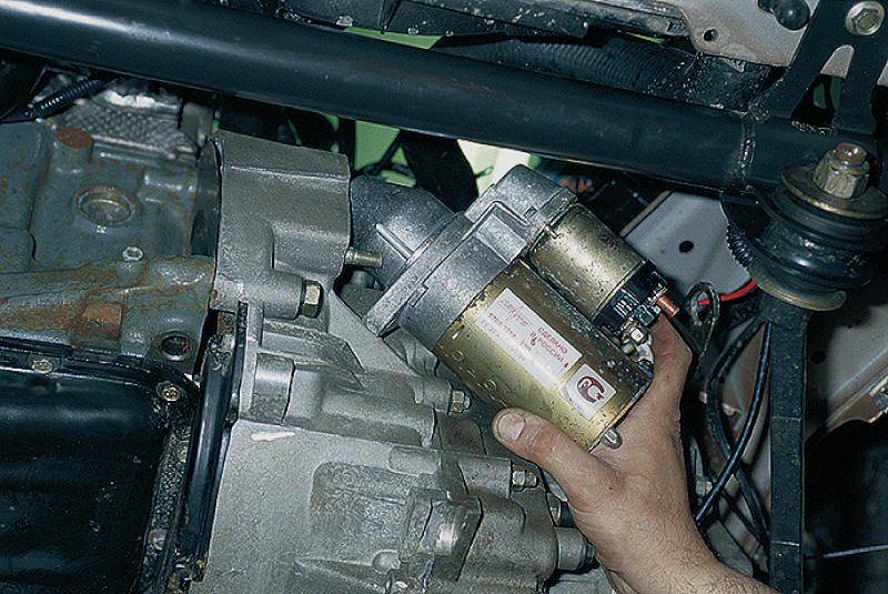 Демонтаж агрегата с ВАЗ 2112
