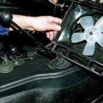 Демонтируйте вентилятор.