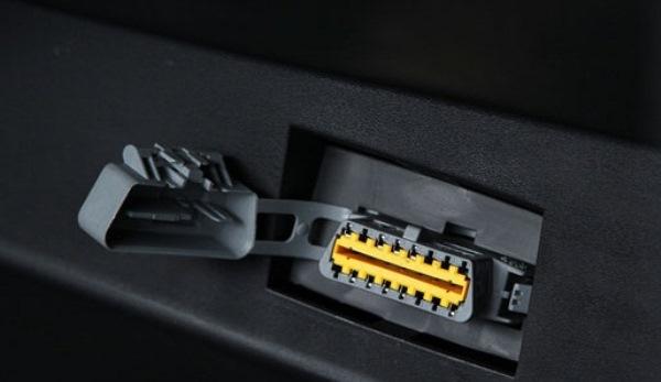 Автомобильный ДР для проверки систем