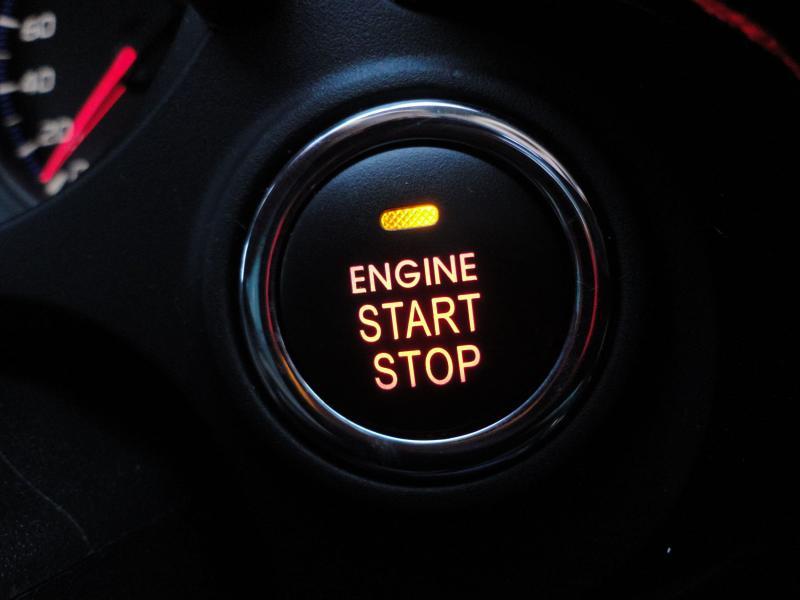 Как работает система старт-стоп в машине, ее назначение, плюсы и минусы